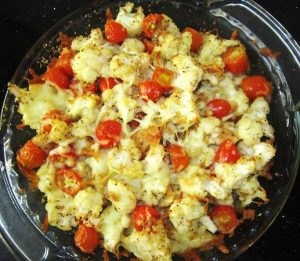 Baked-Cauliflower-and-Cherry-Tomatoes-with-Crackers-and-Cheese-Recipe
