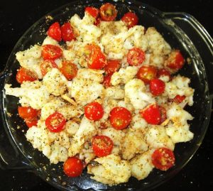 Sprinkle-Wheat-Crackers-Crumbs-to-Baked-Cauliflower-and-Cherry-TomatoRecipe